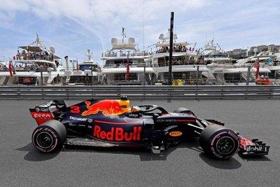 Red Bull apunta hacia la 'pole position'