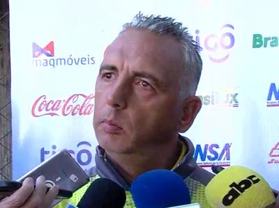 Fernando Burgo alista el equipo para visitar a Nacional