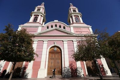 Chile: Iglesia investiga a 13 curas por faltas al celibato