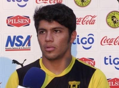 Flamengo tras los pasos de Robert Rojas