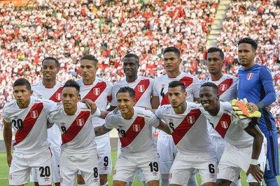 Grupo C: Perú