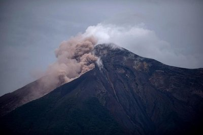 Inestabilidad del terreno impide buscar más víctimas en Guatemala