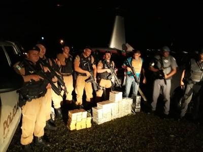 Helicóptero que llevaba drogas desde Paraguay se quedó sin combustible y…
