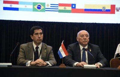 Cancilleres instan a paliar crisis venezolana
