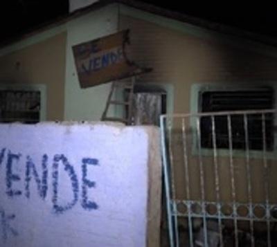 Queman casa de presunto microtraficante en San Lorenzo