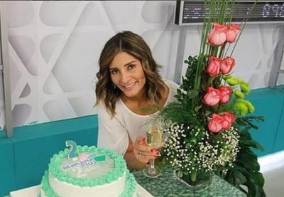 La Periodista Deisi Giménez Celebró Dos Años De Su Programa De Televisión