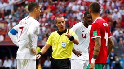 HOY / FIFA asegura que el árbitro Geiger no pidió la camiseta de Cristiano