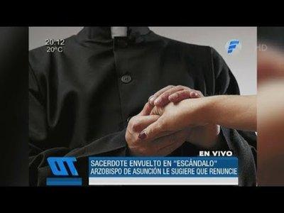 Suspenden a sacerdote envuelto en escándalo