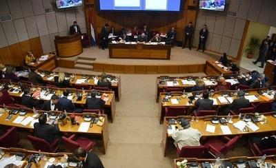 HOY / Sesiones extra en el Senado el lunes y el martes