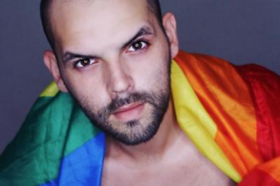"""HOY / Tras Menchi y Teletón, 'moralistas' van contra Paul Landó: """"Gay de mier..."""""""