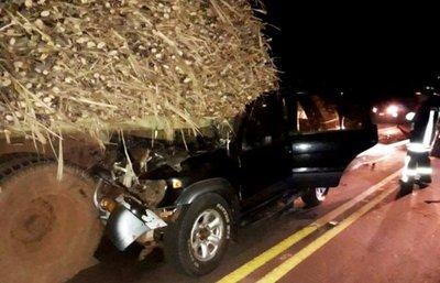Un muerto y tres heridos en choque sobre Ruta VIII