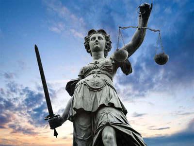 Nitrocelulosa: Declaró ante fiscal el despachante de aduanas