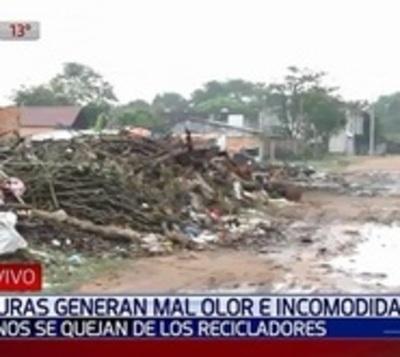 Sanlorenzanos están hartos de carriteros que llenan barrio de basura