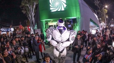 Lince robot causó sensación en la Expo