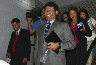 Pedirán pérdida de investidura de Ibañez