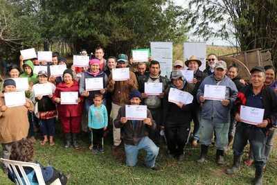 Indert suma más de 400 adjudicaciones de tierras entregadas en Guairá y Cordillera