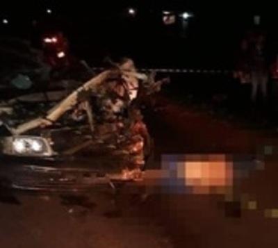 Taxista muere tras chocar contra un camión en Canindeyú