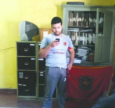 """VIDEO: """"Pesoca"""" cae por asalto callejero"""
