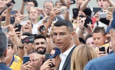 HOY / Hinchas de la Juventus ovacionan a Cristiano y le piden la Champions