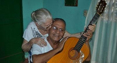 """Viuda de """"Kamba'i"""" relata su padecimiento luego de quedar sin pensión"""