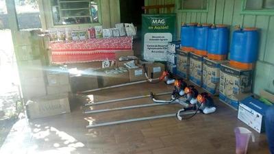 Fortalecen agricultura familiar con entrega de insumos