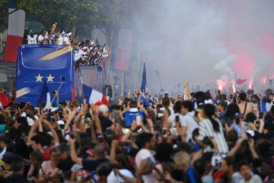 Diputado francés denunciará a Maduro