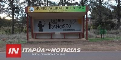CONSTRUYEN RESGUARDO PARA PASAJEROS SOBRE GRANEROS DEL SUR EN LA PAZ.