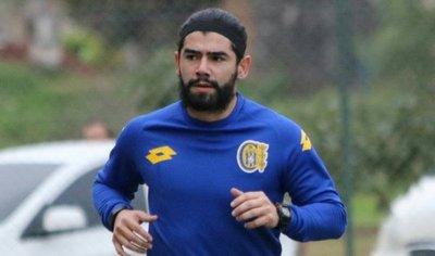 Rodrigo Burgos se incorpora al Capiatá