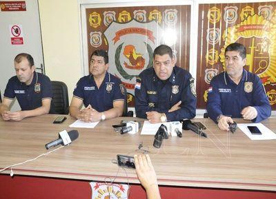 Policía asegura que no más de 8 personas hicieron el asalto