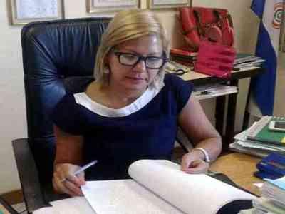 Jueza comunicó pedido de desafuero de Salyn Buzarquis