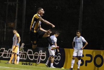 Guaraní comienza con el pie derecho el Clausura