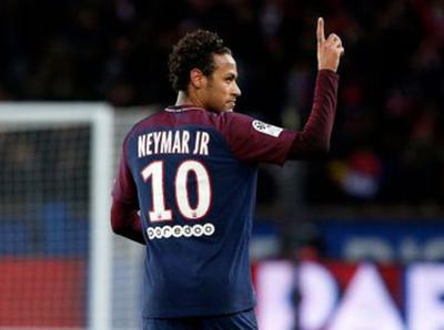 Neymar seguirá jugando en Francia