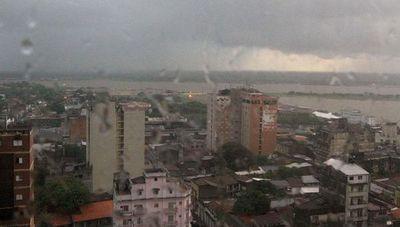 Domingo frío y con lluvias dispersas anuncia Meteorología