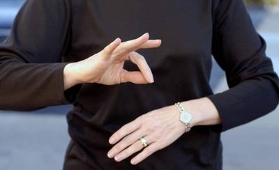 HOY / Lengua de señas tendrá diccionario digital