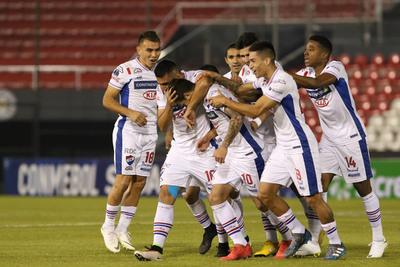 Nacional vence al Botafogo y va con ventaja al desquite
