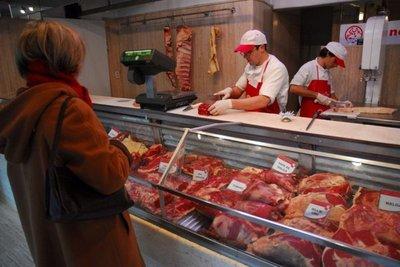 Carne paraguaya y brasileña se hace lugar en las carnicerías uruguayas