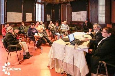 """Audiovisualistas debaten sobre reglamentación de """"Ley de Cine"""""""