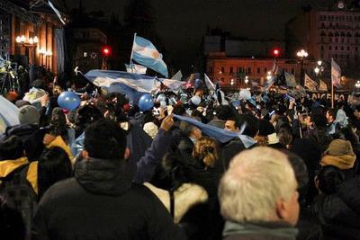 Argentina rechaza legalizar aborto y no podrá volver a debatirlo hasta 2019