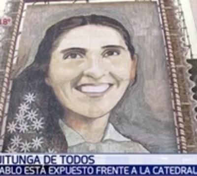 ¿No pudiste ver el retablo de Chiquitunga? Lo expondrán en la Catedral
