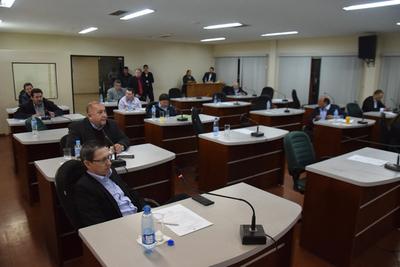 Concejales departamentales afines a  Zacarías son los más improductivos