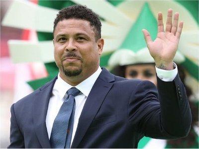 Ronaldo Nazario, hospitalizado en Ibiza por una neumonía