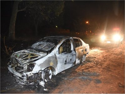 Roban e incendian vehículo de taxista en Capiatá
