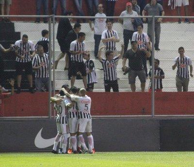 Libertad golpeó duro a Guaraní al que le ganó por 3 a 0