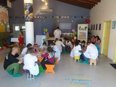 Semana de los niños para pacientes HOPe de Clínicas