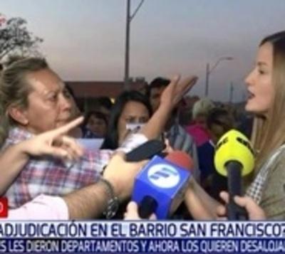 Denuncian supuestas adjudicaciones irregulares en barrio San Francisco