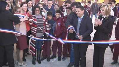 Inauguran mejoras en una escuela de Presidente Franco