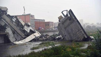 Italia: el desplome de un puente de autopista en Génova deja al menos 22 muertos