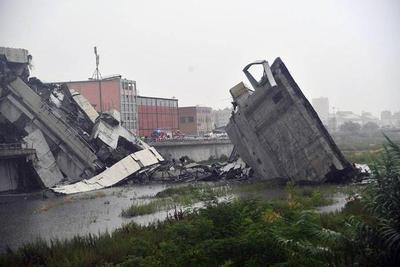 Italia: Muertos por derrumbe ya son unas 35 personas