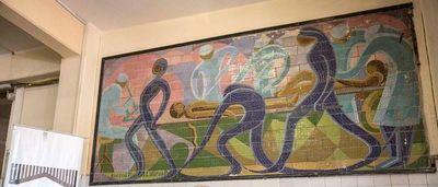Murales de Josefina Pla y Laterza Parodi necesitan restauración