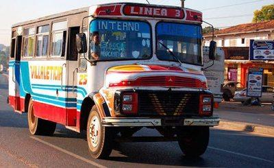 "A ""ojímetro"" se les da el ok a buses internos"